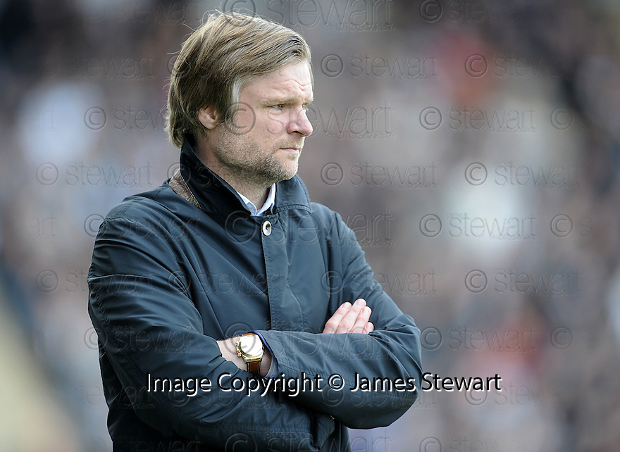 01/05/2010   Copyright  Pic : James Stewart.sct_jsp10_falkirk_v_st-mirren  .::  FALKIRK MANAGER STEVEN PRESSLEY ::  .James Stewart Photography 19 Carronlea Drive, Falkirk. FK2 8DN      Vat Reg No. 607 6932 25.Telephone      : +44 (0)1324 570291 .Mobile              : +44 (0)7721 416997.E-mail  :  jim@jspa.co.uk.If you require further information then contact Jim Stewart on any of the numbers above.........