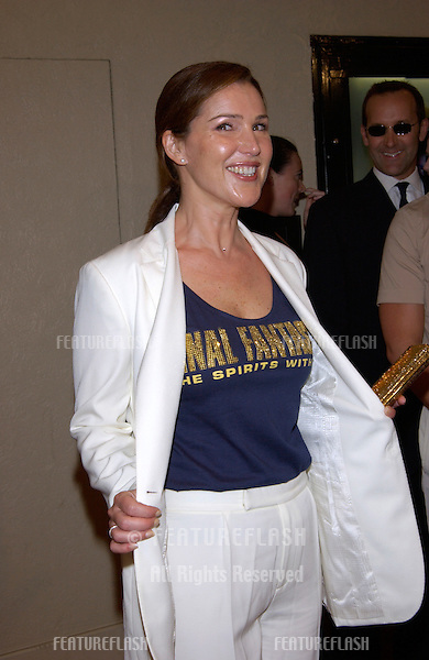 Actress PERI GILPIN at the world premiere, in Los Angeles, of her new movie Final Fantasy: The Spirits Within..02JUL2001. © Paul Smith/Featureflash