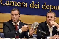 Roma, 9 Ottobre 2014<br /> Conferenza stampa del Movimento 5 Stelle sul decreto Sblocca Italia, presentando un decreto ombra contro inceneritori, acqua privata, grandi opere e per energie rinnovabili e bonifiche.<br /> Presenti senatori e deputati delle commissioni ambiente.<br />  Stefano Vignaroli, Massimo De Rosa.