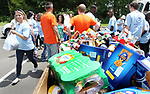 WATERBURY CT. 21 June 2017-062117SV03-Brenda Bouchard of Burlington unloads a car of food items for the Connecticut food bank during United Way's 75th annual Day of Action in Waterbury Wednesday.<br /> Steven Valenti Republican-American