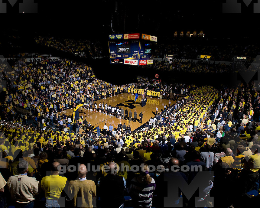 Michigan basketball (men) 68-63 victory over Connecticut at Crisler Arena on 1/17/10.