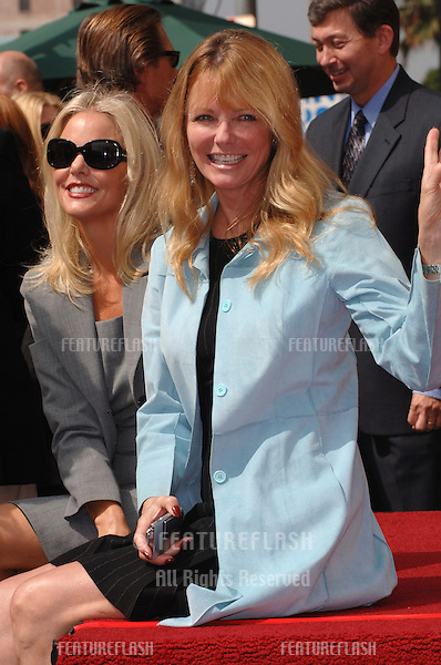 Model CHERYL TIEGS on Hollywood Boulevard where producer Mike Medavoy was honored with the 2,290th star on the Hollywood Walk of Fame..September 19, 2005  Los Angeles, CA..© 2005 Paul Smith / Featureflash
