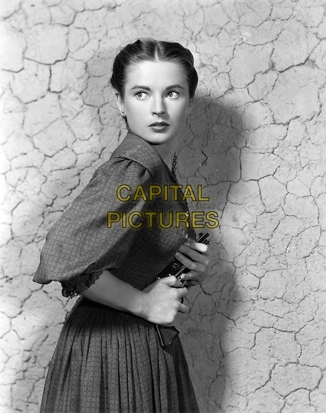 Coleen Gray<br /> in Star in the Dust (1956) <br /> *Filmstill - Editorial Use Only*<br /> CAP/NFS<br /> Image supplied by Capital Pictures