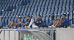 Die Ersatzspieler der TSG 1899 Hoffenheim sitzen ohne Maske auf der Tribüne<br /> <br /> Sport: Fussball: LIGA: Saison 19/20: TSG 1899 <br /> Hoffenheim-RB Leipzig, 12.06.2020.<br /> <br /> Foto: RALF POLLER/AVANTI/POOL/PIX-Sportfotos<br /> <br /> Nur für journalistische Zwecke! Only for editorial use! <br /> Gemäß den Vorgaben der DFL Deutsche Fußball Liga ist es untersagt, in dem Stadion und/oder vom Spiel angefertigte Fotoaufnahmen in Form von Sequenzbildern und/oder videoähnlichen Fotostrecken zu verwerten bzw. verwerten zu lassen. DFL regulations prohibit any use of photographs as image sequences and/or quasi-video.