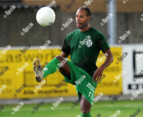 2011-07-20 / Voetbal / seizoen 2011-2012 / Dessel Sport / Omar Bennassar..Foto: mpics