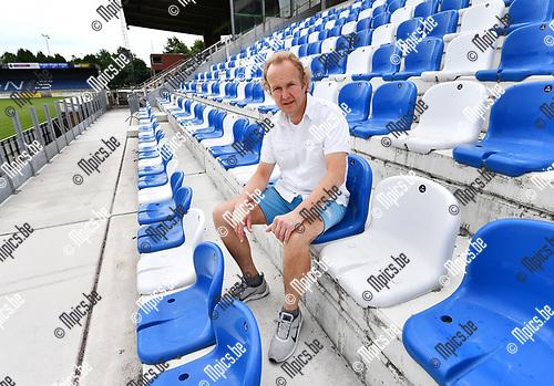 2017-06-15 / Voetbal / Seizoen 2017-2018 / ASV Geel / Voorzitter Jan Tormans op de tribune in aanbouw van AVG Geel.<br /> <br /> ,Foto: Mpics.be