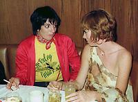 Shirley MacLaine Liza Minnelli 1976<br /> John Barrett/PHOTOlink.net /MediaPunch