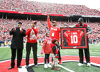 Former Ohio State quarterback Troy Smith is honored during the college football game between the Ohio State Buckeyes and the Michigan Wolverines at Ohio Stadium in Columbus, Saturday morning, November 29, 2014. As of half time the Ohio State Buckeyes and Michigan Wolverines were tied 14 - 14. (The Columbus Dispatch / Eamon Queeney)