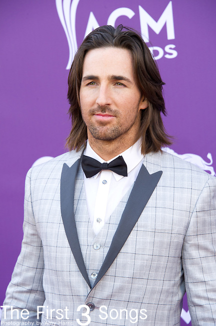 Jake Owen attends the 48th Annual Academy of Country Music Awards in Las Vegas, Nevada on April 7, 2012.