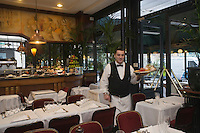 Europe/France/Aquitaine/33/Gironde/Bordeaux:  Brasserie Le Noailles
