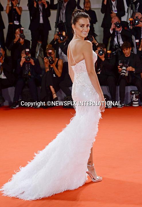 """Penelope Cruz & Javier Bardem """" Loving Pablo"""""""