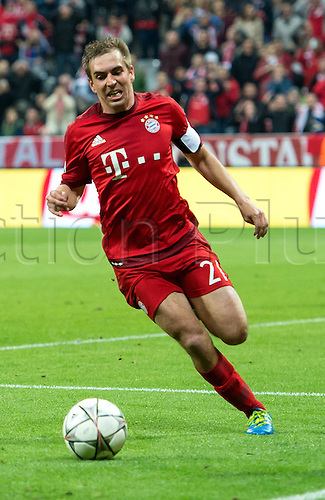 05.04.2016. Munich, Germany.  Munich's Philipp Lahm in action during the Champions League quarter finals first leg soccer match between Bayern Munich and S.L. Benfica at Allianz Arena