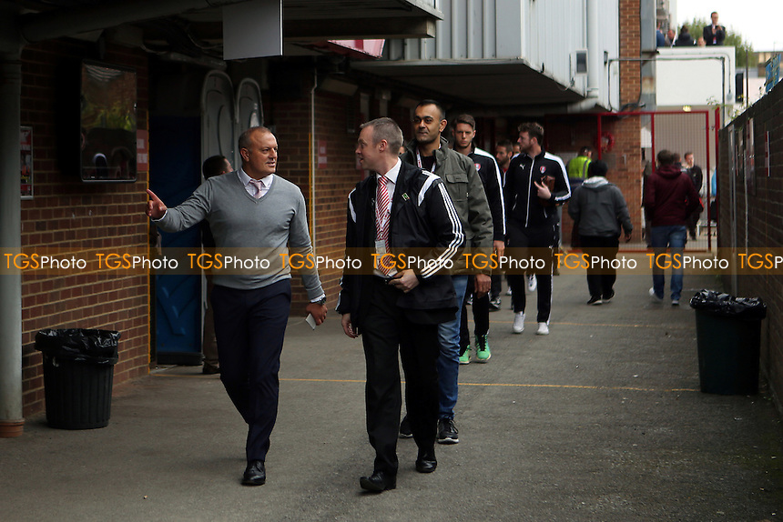 New Rotherham Manager, Neil Redfearn, arrives at the ground and leads his players to the dressing room during Brentford vs Rotherham United, Sky Bet Championship Football at Griffin Park, London, England on 17/10/2015