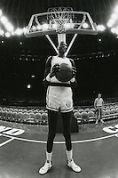 Golden State Warrior center Manute Bol 1989<br />