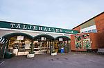 S&ouml;dert&auml;lje 2015-10-01 Basket Basketligan S&ouml;dert&auml;lje Kings - Uppsala Basket :  <br /> Fasad och och skylt vid entr&eacute;n till T&auml;ljehallen inf&ouml;r matchen mellan S&ouml;dert&auml;lje Kings och Uppsala Basket <br /> (Foto: Kenta J&ouml;nsson) Nyckelord:  Basket Basketligan S&ouml;dert&auml;lje Kings SBBK T&auml;ljehallen Uppsala Seriepremi&auml;r Premi&auml;r utomhus exteri&ouml;r exterior