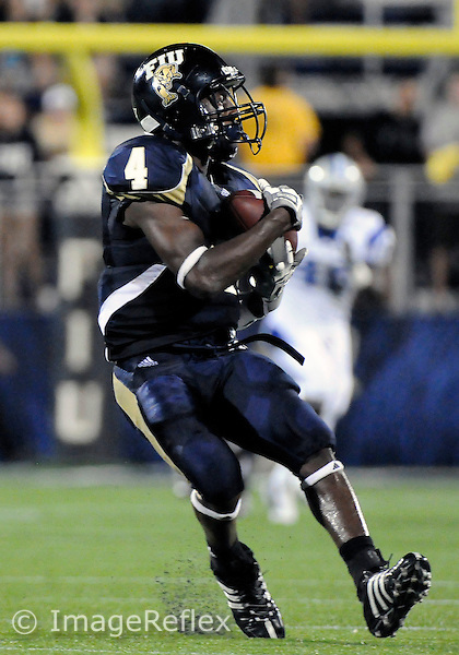 11 October 2008: Florida International University wide receiver TY Hilton (4) catches a pass against Middle Tennessee University in FIU's 31-21 victory at FIU Stadium, Miami, Florida..