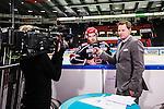 S&ouml;dert&auml;lje 2013-12-12 Ishockey Hockeyallsvenskan S&ouml;dert&auml;lje SK - Mora IK :  <br /> S&ouml;dert&auml;lje 10 Damien Fleury intervjuas av Viasat Sport Niklas Jihde under pausen mellan f&ouml;rsta och andra perioden<br /> (Foto: Kenta J&ouml;nsson) Nyckelord:  TV intervju portr&auml;tt portrait
