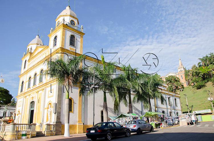 Igreja Santuário do Senhor Bom Jesus, Pirapora do Bom Jesus - SP, 04/2014. cidade situada na margem do Rio Tietê poluido - área metropolitana de São Paulo.