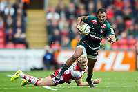 Telusa Veainu of Leicester Tigers gets past Ollie Thorley of Gloucester Rugby. Aviva Premiership match, between Leicester Tigers and Gloucester Rugby on September 16, 2017 at Welford Road in Leicester, England. Photo by: Patrick Khachfe / JMP