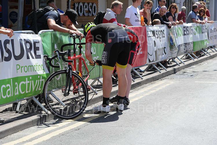 "The tandem competitor suffers a broken chain during the Abergavenny Festival of Cycling ""Para Grand Prix of Wales"" race on Sunday 17th 2016<br /> <br /> <br /> Jeff Thomas Photography -  www.jaypics.photoshelter.com - <br /> e-mail swansea1001@hotmail.co.uk -<br /> Mob: 07837 386244 -"
