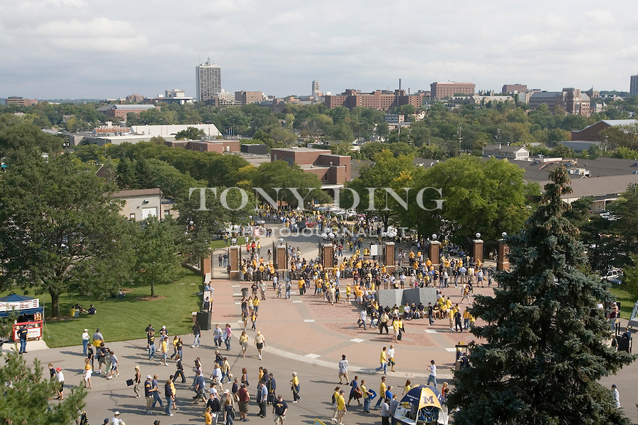 8 Sep 2006: DESCRIPTION during Michigan's football game vs Central Michigan at Michigan Stadium in Ann Arbor, MI.  (Photo by Tony Ding) **PICTURES PART OF A SERIES**