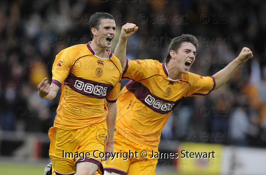 26/07/2009  Copyright  Pic : James Stewart.sct_27_motherwell_v_flamurtari  .JAMIE MURPHY CELEBRATES SCORING WITH ROSS FORBES.James Stewart Photography 19 Carronlea Drive, Falkirk. FK2 8DN      Vat Reg No. 607 6932 25.Telephone      : +44 (0)1324 570291 .Mobile              : +44 (0)7721 416997.E-mail  :  jim@jspa.co.uk.If you require further information then contact Jim Stewart on any of the numbers above.........