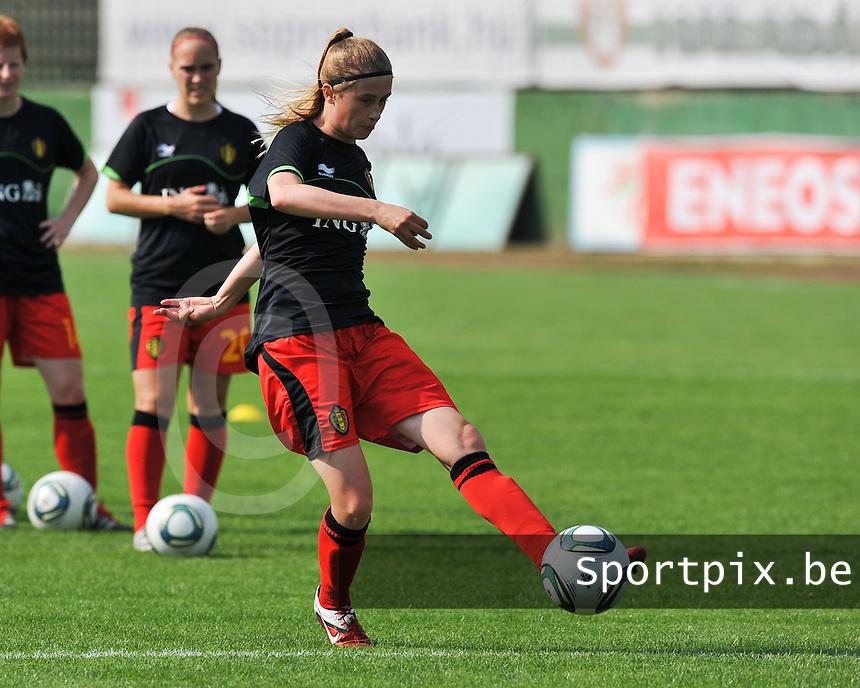 Hungary - Hongarije : UEFA Women's Euro Qualifying group stage (Group 3) - 20/06/2012 - 17:00 - szombathely  - : Hungary ( Hongarije ) - BELGIUM ( Belgie) :.Julie Biesmans.foto DAVID CATRY / JOKE VUYLSTEKE / Vrouwenteam.be.