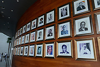 ETHIOPIA Addis Ababa, AU African Union building, wall with photos of african presidents and PM ie Nelson Mandela, Salvar Kiir Mayardit, Patrice Lumumba, Robert Mugabe / AETHIOPIEN, Addis Abeba, Gebaeude der AU Afrikanischen Union, Foyer mit Fotos afrikanischer Praesidenten und Premierminister