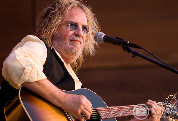 Singer/songwriter Ray Wylie Hubbard performs at the Levitt Pavilion in Arlington, Texas September 4,2010.