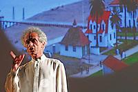 Repubblica delle idee Napoli<br /> nella foto  Occidente estremo<br /> Federico Rampini<br /> foto ciro de luca