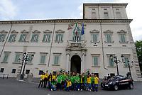 Roma, 22 Maggio 2018<br /> Quirinale.<br /> Governo giallo verde.<br /> turisti con maglie giallo  verde