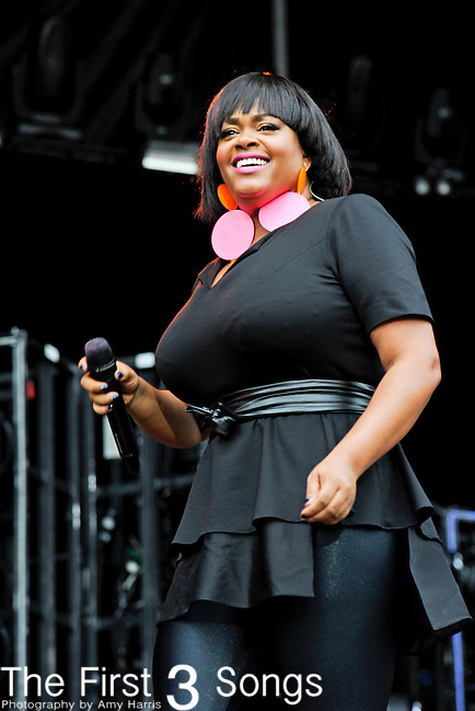 Jill Scott performs during Day 2 of the Made in America Music Fesival in Philadelphia, Pennsylvania.
