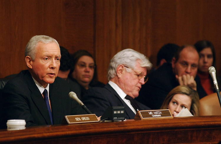 "2/11/03.ROLE OF LITIGATION IN PATIENT ACCESS TO HEALTHCARE--Senate Judiciary Chairman Orrin G. Hatch, R-Utah, and Sen. Edward M. Kennedy, D-Mass, during the joint hearing on ""Patient Access Crisis: The Role of Medical Litigation."" .CONGRESSIONAL QUARTERLY PHOTO BY SCOTT J. FERRELL"