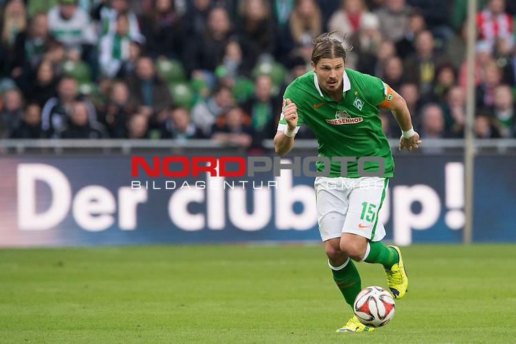 04.04.2015, Weser Stadion, Bremen, GER, 1.FBL. Werder Bremen vs 1. FSV Mainz 05, im Bild<br /> <br /> Sebastian Pr&ouml;dl / Proedl (Bremen #15)<br /> Hochformat,Einzelaktion, Ganzk&ouml;rper / Ganzkoerper,<br /> <br /> <br /> <br /> Foto &copy; nordphoto / Kokenge