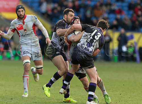 25.01.2015.  Oxford, England.  European Rugby Champions Cup. London Welsh versus Lyon Olympique. Olly Barkley and Lachie Munro in midfield.
