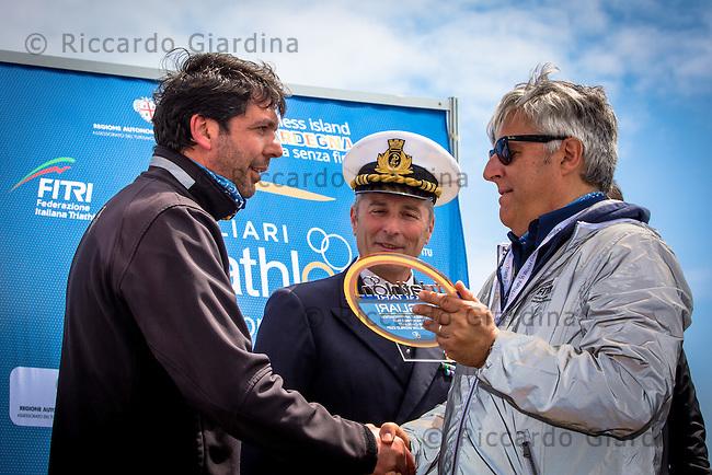 08/05/2016 - Consegna dei riconoscimenti per la 2016 Cagliari ITU Triathlon World Cup -