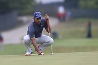 Shubhankar Sharma (IND) on the 2nd green during Friday's Round 2 of the 118th U.S. Open Championship 2018, held at Shinnecock Hills Club, Southampton, New Jersey, USA. 15th June 2018.<br /> Picture: Eoin Clarke | Golffile<br /> <br /> <br /> All photos usage must carry mandatory copyright credit (&copy; Golffile | Eoin Clarke)