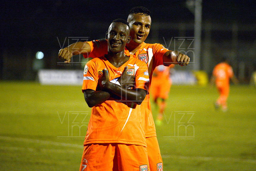ENVIGADO - COLOMBIA, 07-10-2018: Ivan Angulo jugador de Envigado FC celebra después de anotar el primer gol de su equipop a Jaguares de Cordoba durante partido por la fecha 13 de la Liga Águila II 2018 realizado en el Polideportivo Sur de la ciudad de Envigado. / Ivan Angulo player of Envigado FC celebrates after scoring the first goal of his team to Jaguares de Cordoba during match for the date 13 of the Aguila League II 2018 played at Polideportivo Sur in Envigado city .  Photo: VizzorImage/ Leon Monsalve / Cont