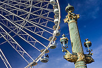 Streetlight and Place de la Concorde ferris wheel called La Grande Roue, Central Paris, France