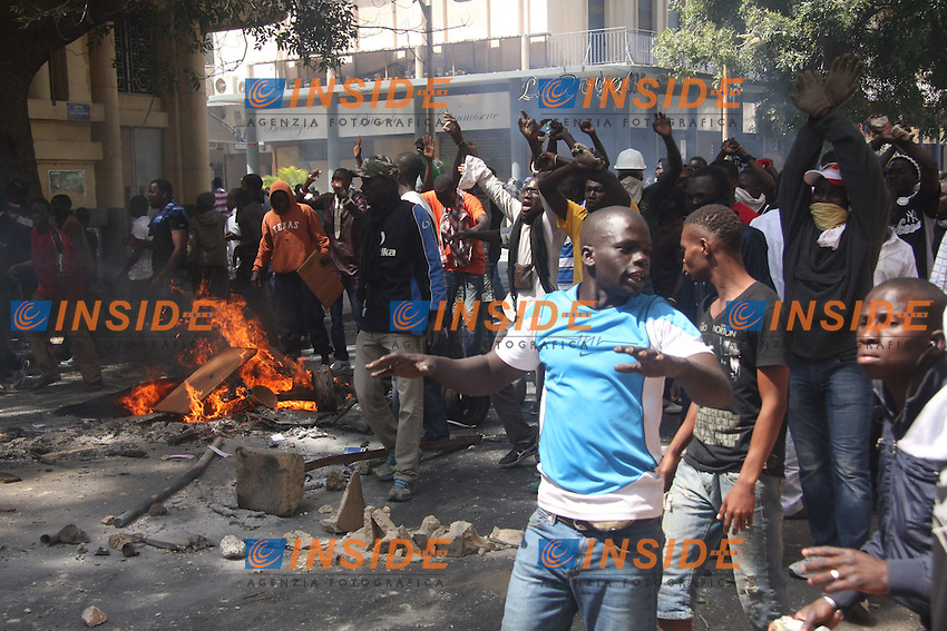 Manifestazione.Dakar ( Senegal ) 18/2/2012.Manifestazioni Antigovernative .Foto Insidefoto / Philippe Lemire / Panoramic.ITALY ONLY