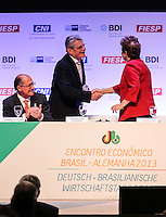 SAO PAULO, SP, 13 DE MAIO 2013 - ENCONTRO BILATERAL - BRASIL - ALEMANHA - A presidente da República Dilma Rousseff e o presidente da Alemanha Joachim Gauck durante cerimonia de abertura do encontro Econômico Brasil-Alemanha - EEBA 2013 no Hotel Sheraton WTC na região sul da capital paulista, nesta segunda-feira, 13. (FOTO: WILLIAM VOLCOV / BRAZIL PHOTO PRESS).