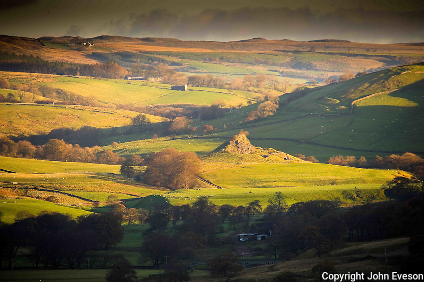 Sugar Loaf near Dunsop Bridge, Forest of Bowland, Lancashire...Copyright..John Eveson, Dinkling Green Farm, Whitewell, Clitheroe, Lancashire. BB7 3BN.01995 61280. 07973 482705.j.r.eveson@btinternet.com.www.johneveson.com