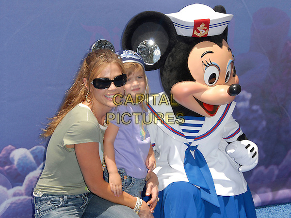 DENISE RIVHARDS & DAUGHTER SAM.attends The Finding Nemo Submarine Voyage Celebrity Preview held in Tomorrowland at Disneyland in Anaheim, California, USA, June 10 2007                                                                     half length mickey mouse ears  mother family child kid.CAP/DVS.©Debbie VanStory/Capital Pictures