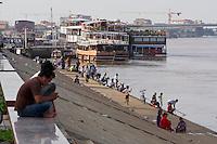 Phnom Penh, Cambodia. Fishing at Tonle Sap.