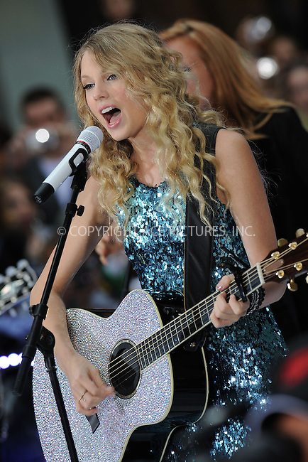 WWW.ACEPIXS.COM . . . . . ....May 29 2009, New York City....Recording artist Taylor Swift performing on NBC's 'Today ' show at the Rockefeller Plaza on May 29 2009 in New York City.....Please byline: KRISTIN CALLAHAN - ACEPIXS.COM.. . . . . . ..Ace Pictures, Inc:  ..tel: (212) 243 8787 or (646) 769 0430..e-mail: info@acepixs.com..web: http://www.acepixs.com