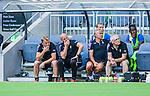 Stockholm 2014-07-20 Fotboll Superettan Hammarby IF - &Ouml;sters IF :  <br /> &Ouml;sters  tr&auml;nare Roberth Bj&ouml;rknesj&ouml; och assisterande tr&auml;nare Peter Wibr&aring;n ser fundersamma ut p&aring; &Ouml;sters avbytarb&auml;nk under matchen<br /> (Foto: Kenta J&ouml;nsson) Nyckelord:  Superettan Tele2 Arena Hammarby HIF Bajen &Ouml;ster &Ouml;IF fundersam fundera t&auml;nka analysera tr&auml;nare manager coach