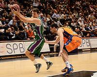 Martínez vs Toolson<br /> Liga Endesa ACB - 2014/15<br /> J8<br /> Valencia Basket vs Unicaja