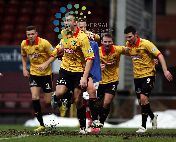 Partick Thistle v Cowdenbeath.Irn Bru 1st Division.Saturday 26th Jan 2013.Firhill Stadium -- Score 2-1..Photo by Tommy Taylor Universal News and Sport