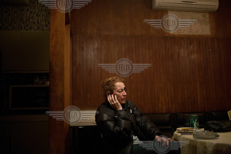 Sunday Times foreign correspondent Marie Colvin reporting from Baghdad, Iraq. Colvin was killed by Syrian government forces while reporting from Homs, Syria on 22 February 2012.