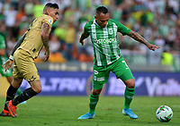 MEDELLÍN-COLOMBIA, 13-10-2019: Jarlan Barrera de Atlético Nacional y Gilberto García de Rionegro Águilas Doradas disputan el balón, durante partido de la fecha 17 entre Atlético Nacional y Rionegro Águilas Doradas, por la Liga Águila II 20117, jugado en el estadio Atanasio Girardot de la ciudad de Medellín. / Jarlan Barrera of Atletico Nacional and Gilberto García of Rionegro Águilas Doradas figth for the ball, during a match of the 17th date between Atletico Nacional and Rionegro Aguilas Doradas, for the Aguila Leguaje II 20117 played at the Atanasio Girardot Stadium in Medellin city. / Photo: VizzorImage / León Monsalve / Cont.